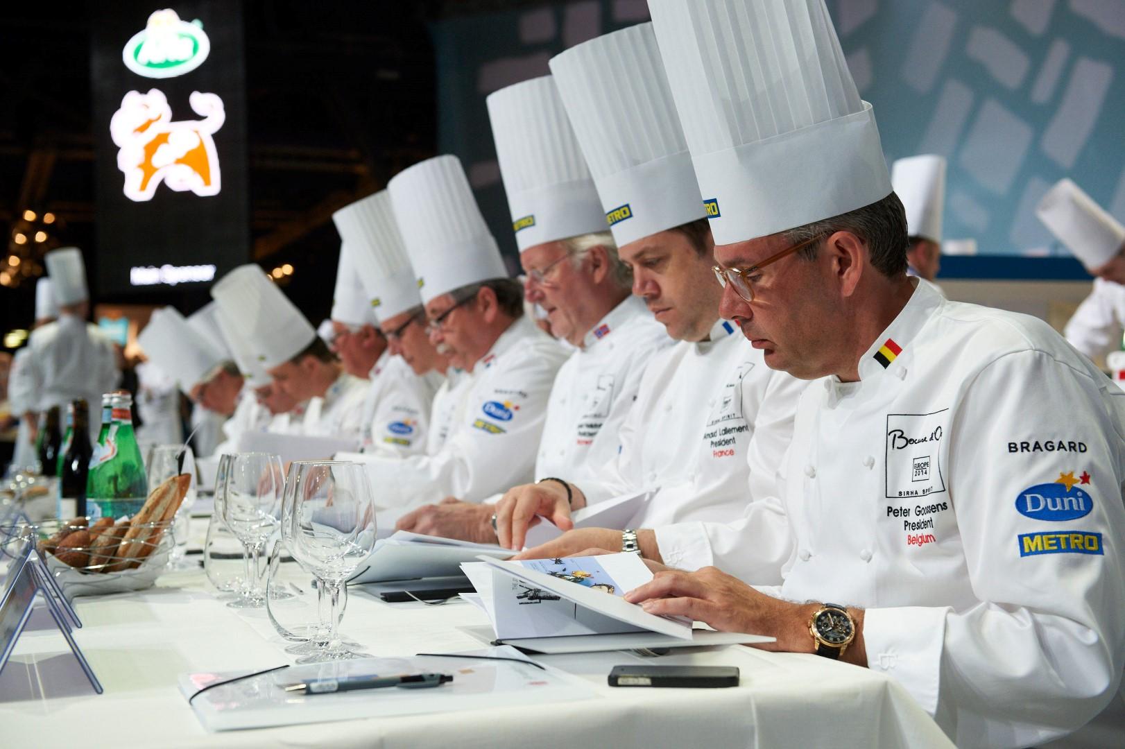 Руководители делегаций. Такого нет даже в футболе. Источник http://www.bocusedor.be/