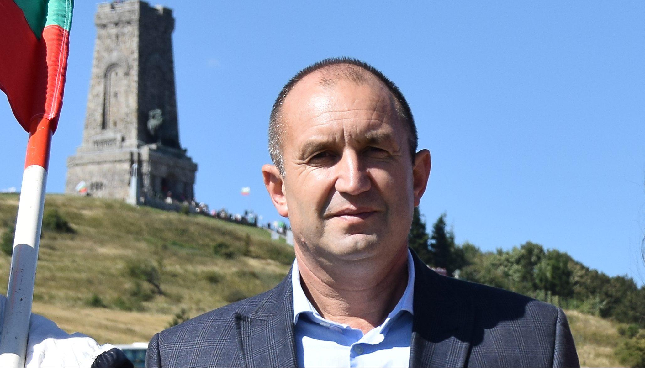 У мемориала на Шипке генерал Радев говорил о вековых традициях болгаро-российского воинского братства.