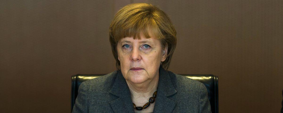 Ангела Меркель не намерена освобождать кресло федерального канцлера Германии.
