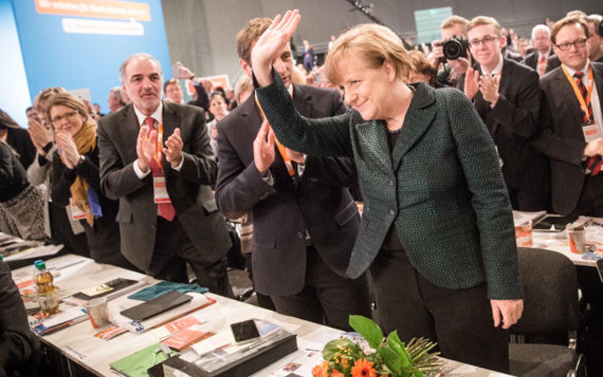 Пока социал-демократы определяются на внутрипартийном уровне, Ангела Меркель по-прежнему не имеет серьезных соперников.