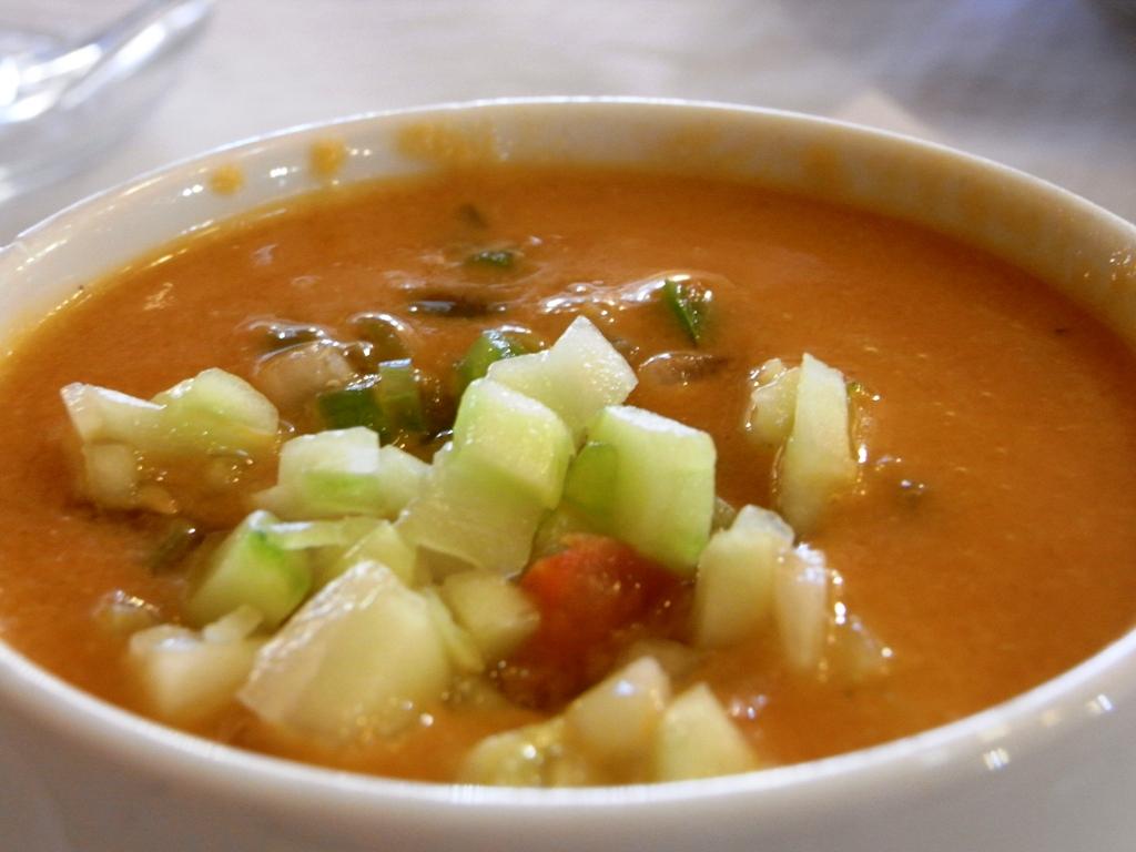 Элебрад – фасолевый пивной суп.