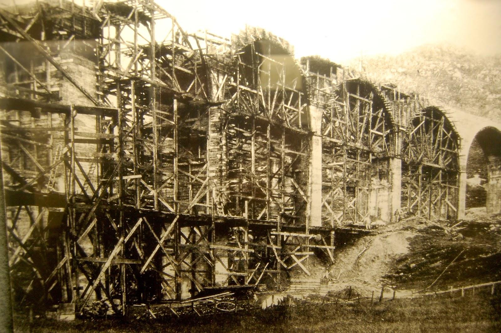 Строительство виадука. Фото 1900 г.