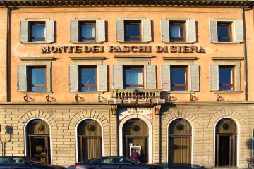 Историческое здание банка Monte dei Paschi di Siena. Источник: https://www.wikimedia.org