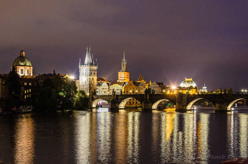 Ночная Прага. Источник http://img-fotki.yandex.ru/