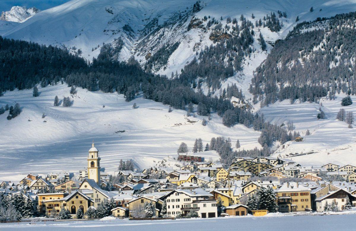 Вид на Санкт-Мориц. Источник http://image.interactiveresorts.co.uk/