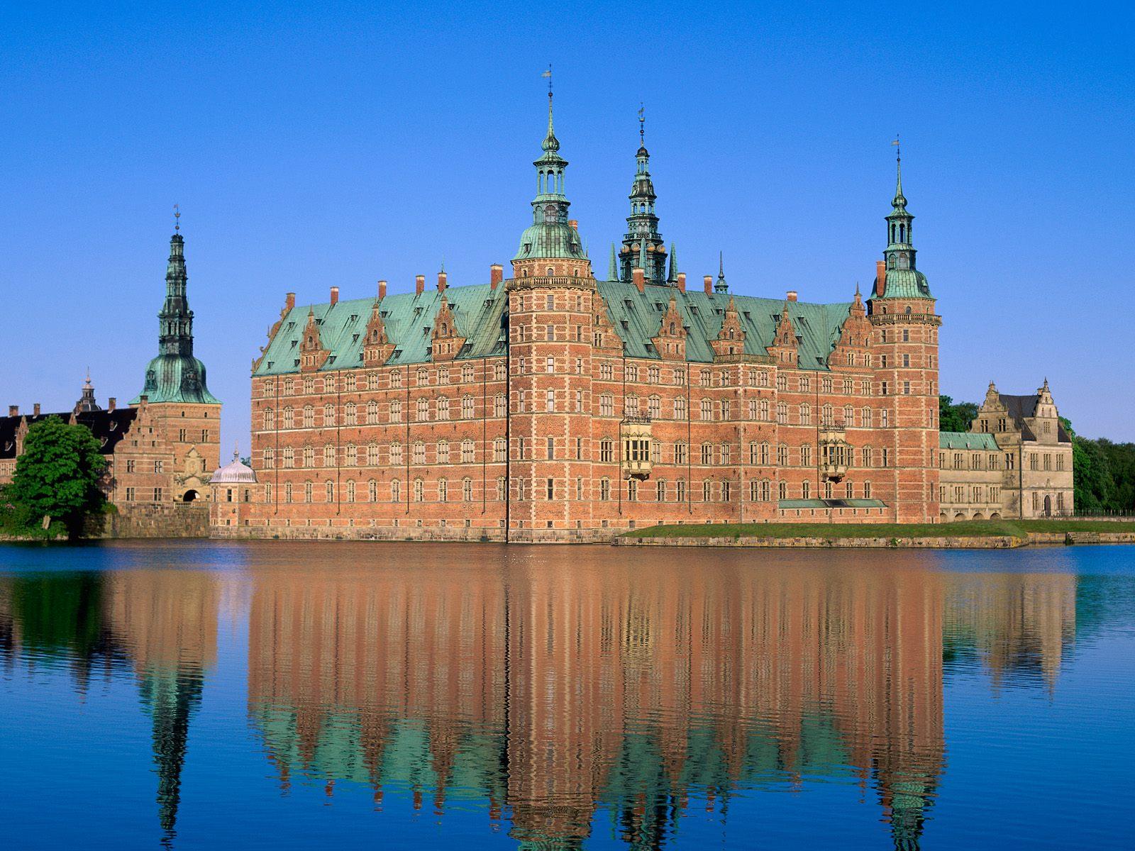 Замок Фредериксборг. Источник http://pelikan-kaliningrad.ru/