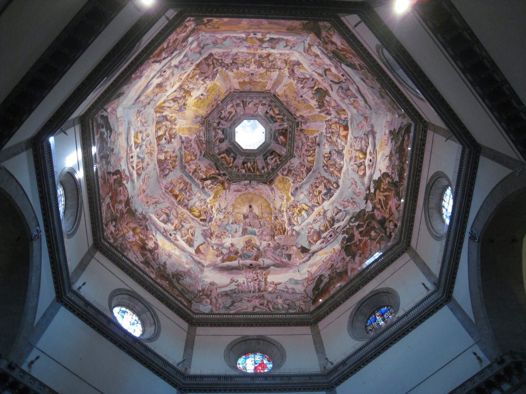 Роспись купола Собора, имещего 42 метра в диаметре и уходящего ввысь на 90 метров.
