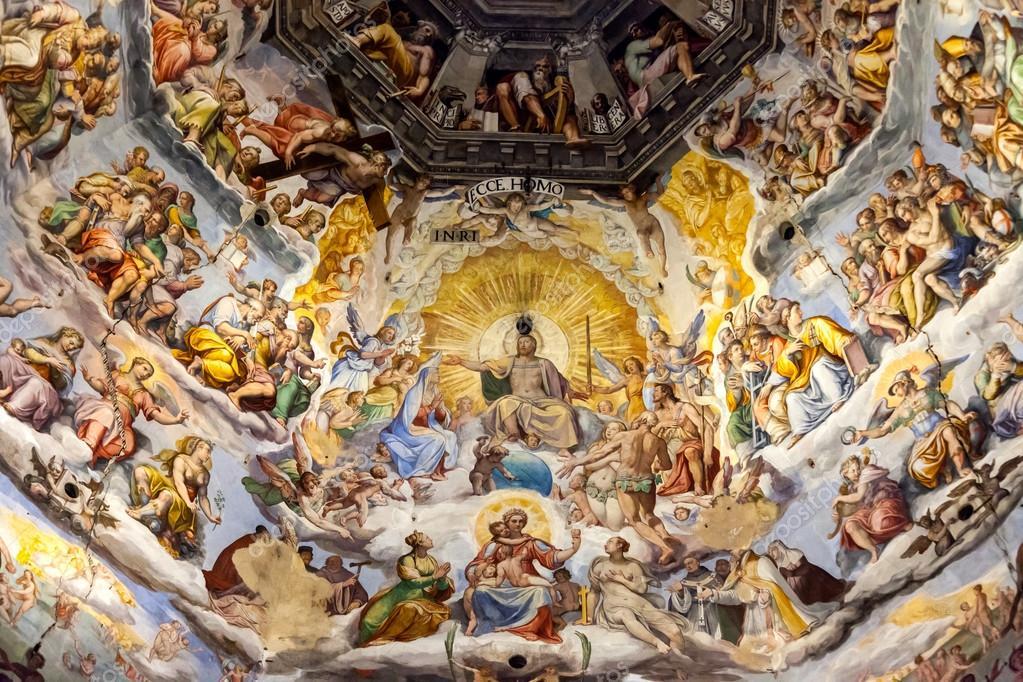 Центральная фреска купола. Восточная часть фрески (над алтарем напротив входа). В центре третьего яруса - Иисус, Богоматерь, вокруг Святые. Четко видны все пять рядов фрески. Источник http://st.depositphotos.com/