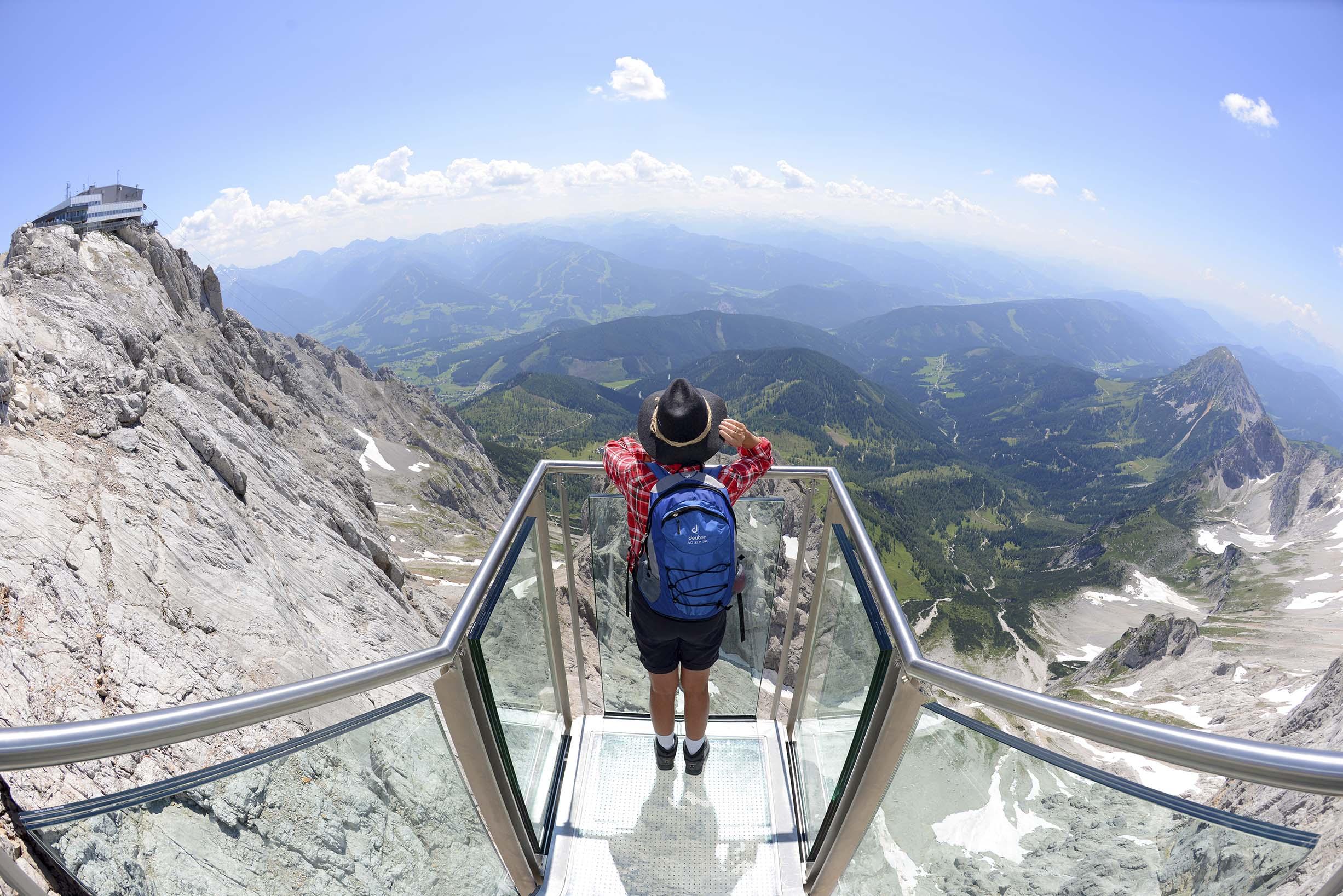 Увидеть Альпы с гор Дахштайн. Источник https://www.schladming-dachstein.at/