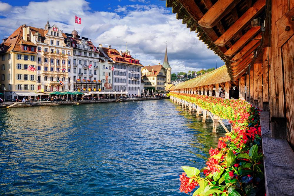 Швейцария. Источник http://www.tour-leader.com/