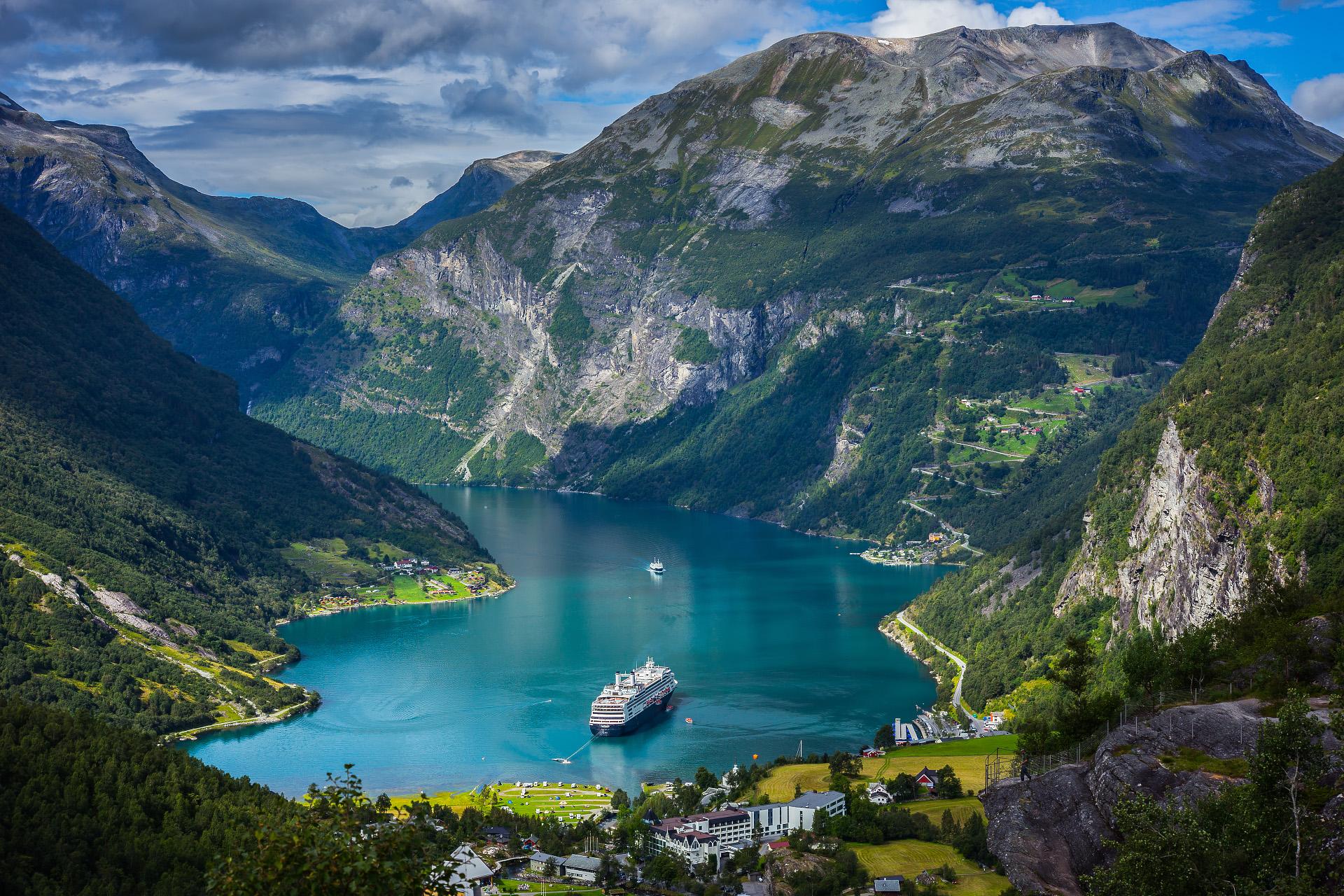 Норвегия, фьорды. Источник http://gsavia.com/