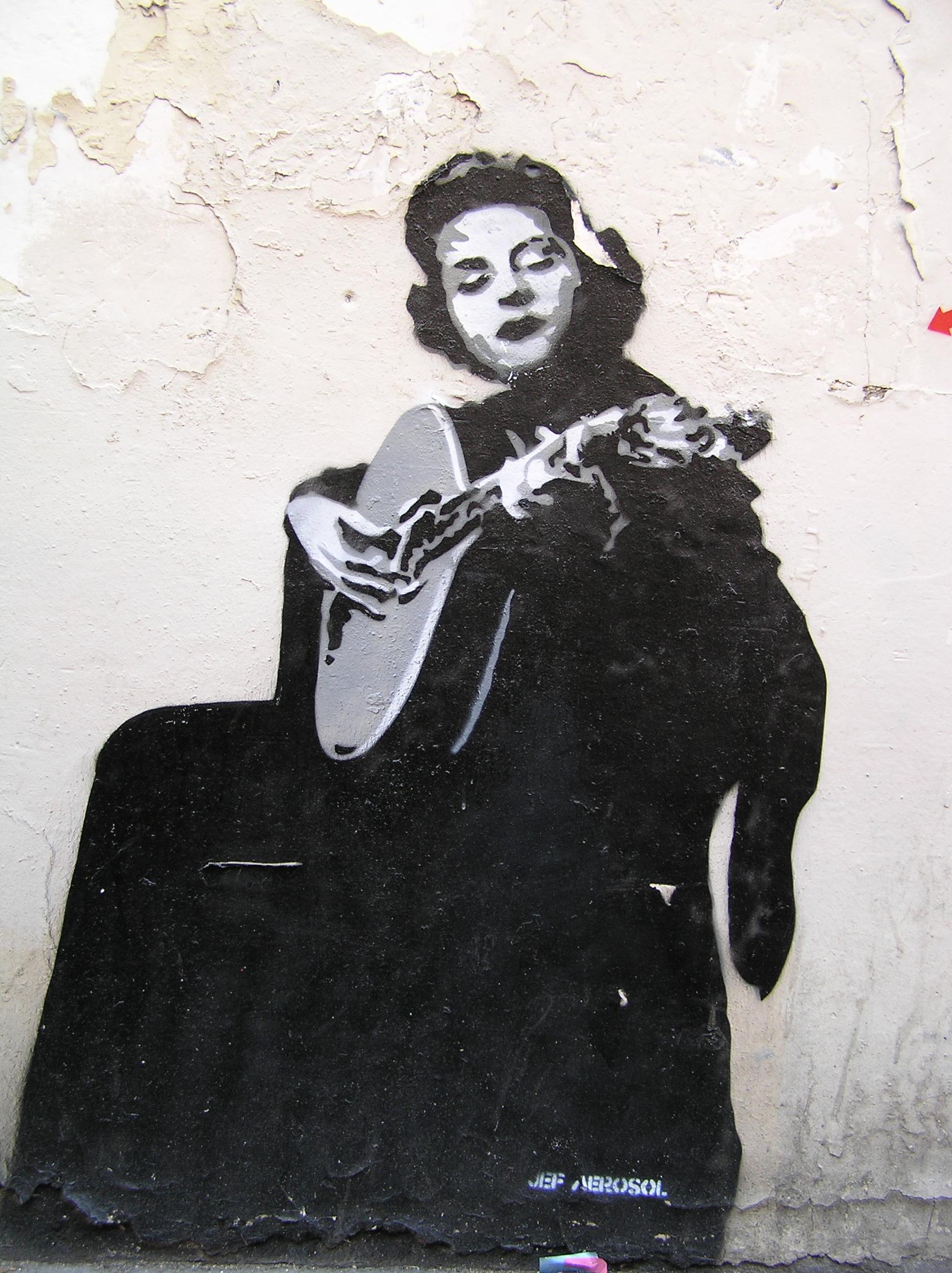 Граффити, изображающее Амалию Родригес. 2008. Источник https://upload.wikimedia.org/