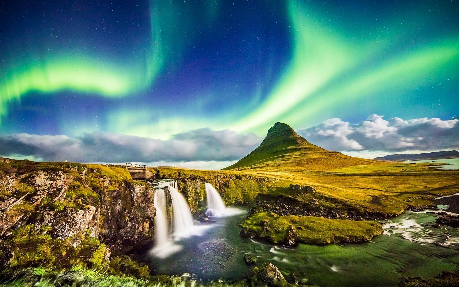 Исландия. Источник https://buy2fly.net/